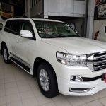 Toyota Land Cruiser AX V8